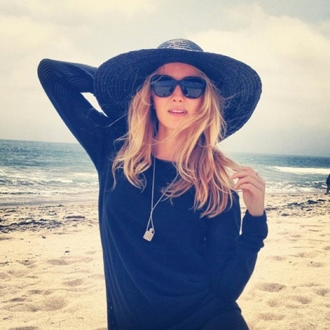 Annabelle Wallis Instagram Snaps Photo 2 Tmzcom