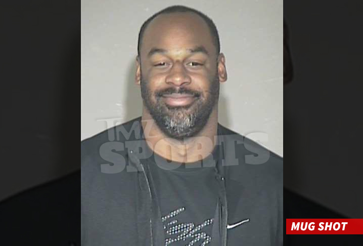 Cause The Ex Nfl Star Has Officially Begun His Jail Sentence In Arizona Stemming From A Dui Arrest Back In June Tmz Sports Has Learned
