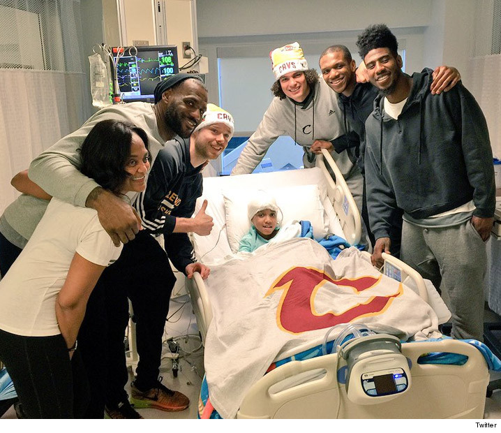 LeBron James -- Team Trip to CLE Children s Hospital  11680c643403