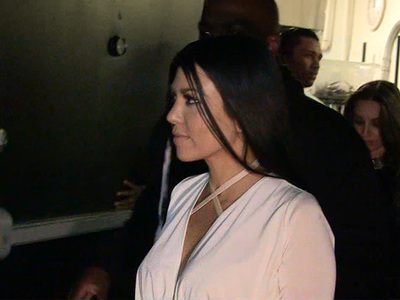 Kourtney Kardashian, Kylie Jenner ... Lone Wolves on Friday Night