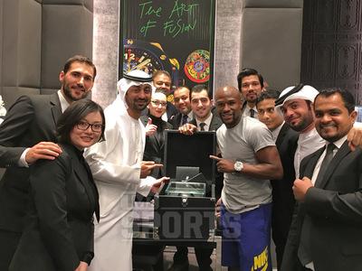 Floyd Mayweather -- BUYS MILLION DOLLAR WATCH ... On Dubai Shopping Spree