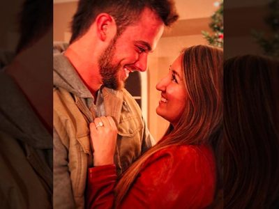 MLB Star Kris Bryant -- I'm Engaged!!!