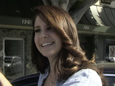Lana Del Rey Testifies -- These Girls Are Going to Hurt Me