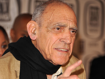 Abe Vigoda Dies At 94 (Not a Hoax)