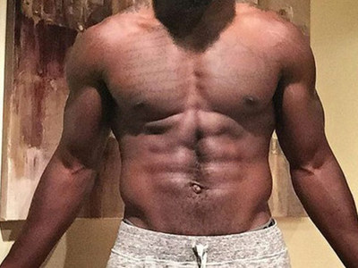 Guess Whose NFL Abs -- See the Shredded Safety