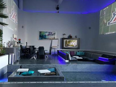 NFL's Antonio Brown -- Rents Baller SB Bachelor Pad ... Pool In Living Room?!