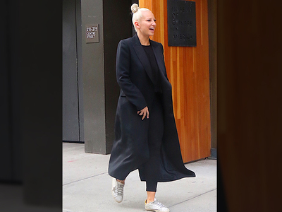 Sia -- Now We Can See-Ya (PHOTO)
