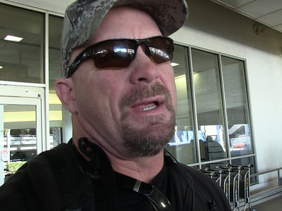 Steve Austin -- I Don't Wanna See Sunny's Porno ... Friends Don't Watch Friends Bang (VIDEO)