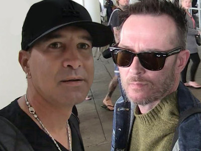 Scott Stapp -- Rents Scott Weiland's Death Bus