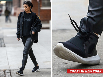 Kylie Jenner -- PUMA's Letting Me Rock Adidas ... So I Am (PHOTO)