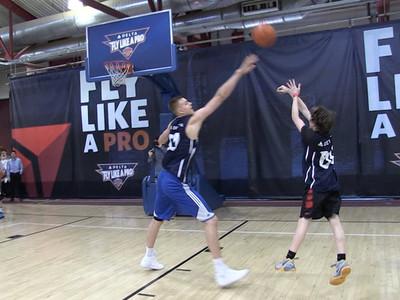 Kristaps Porzingis -- Baller Kid Scores On Knicks Star ... TWICE!!! (VIDEO)