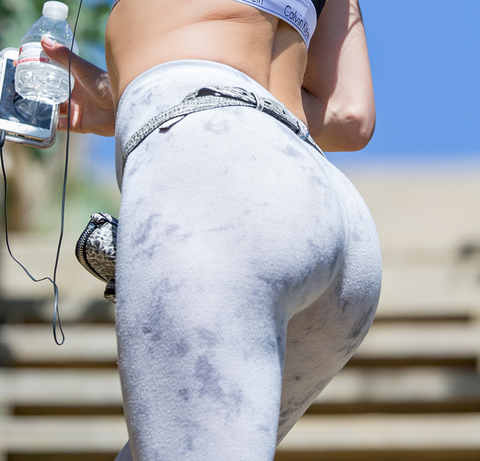 Guess whose grey glutes!