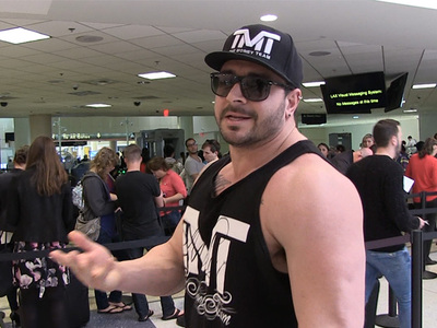 Mayweather's Bodyguard -- Broner Won't Touch Floyd ... I Guarantee It (VIDEO)