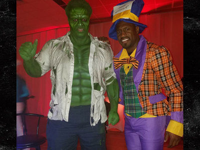 Serena Williams -- NFL Stars Hulk Out for Insane Costume Party (PHOTOS)