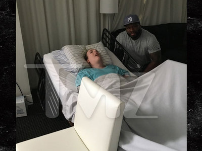 50 Cent -- Makes House Call for Disabled Super Fan (PHOTO)