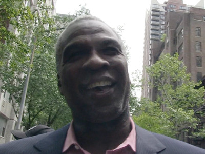 Michael Jordan -- 'Doesn't Like Crying Face Meme' ... Says Charles Oakley (VIDEO)