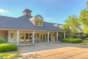 Kenny Rogers' Georgia Estate For Auction
