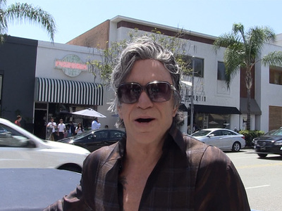 Mickey Rourke -- Johnny Depp's a Low-Key Gentleman (VIDEO)