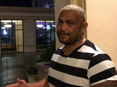 Mark Hunt -- UFC Sale = Dana White Spending Spree! And I Want Brock Again (VIDEO)