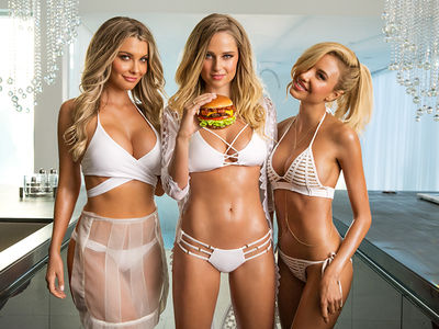 Carl's Jr. -- They Do 3-Ways Right!!! (PHOTOS + VIDEO)