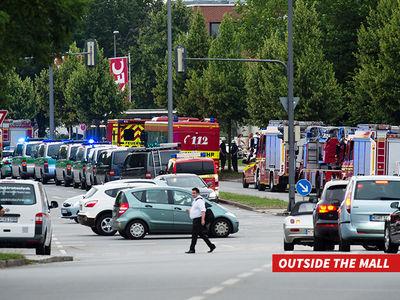 Mass Shooting -- Chaos in Munich Mall (PHOTOS + VIDEO)