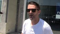 Robbie Keane -- I Hooked Up My Gas Samaritan ... FREE GALAXY TIX!! (VIDEO)