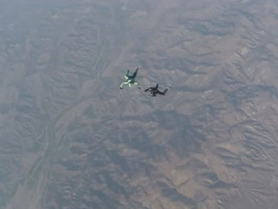 Insane Skydive -- No Parachute? No Problem ... Guy Lands Crazy 25,000 Foot Jump (Video)