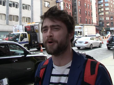 Daniel Radcliffe -- Tom Brady Is Fantasy Poison ... At Least in the 1st Round! (VIDEO)