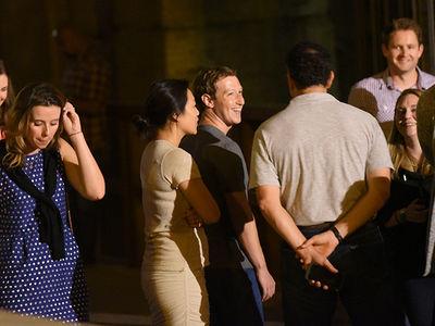 Mark Zuckerberg -- When In Rome ... I Mingle (PHOTOS)