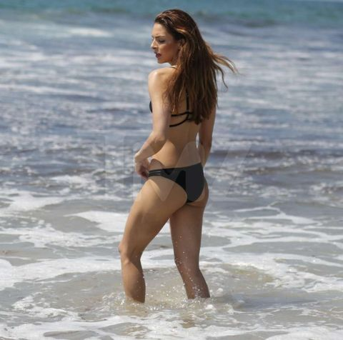 <p><strong>Stephani Costanza</strong>is usually speeding around tracks in fast cars -- but lucky for us ... she took her sweet time soaking at the beach.</p> <p>We got the former Miss Toyota Grand Prix model out in Venice, where she laid out to sunbathe and eventually got wet in the waves.</p> <p>Check out the pics ... Stephani knows how to get the heart racing.</p>