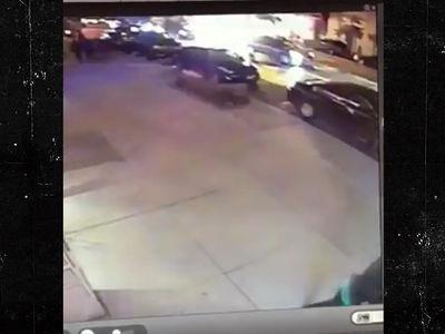New York Explosion -- Video Captures Bomb Blast (VIDEO)