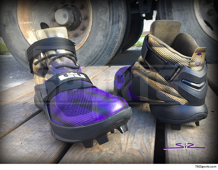 4eabb46ba6c11 Terrell Suggs Has Custom LeBron Cleats!!