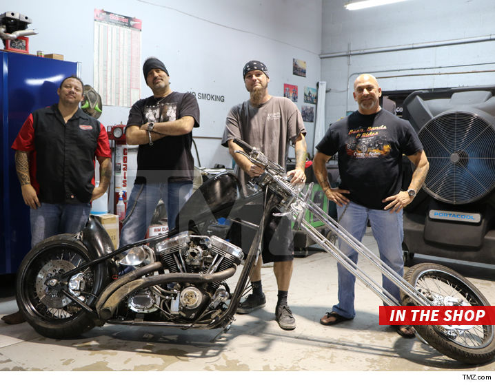 Tommy Lee S Hog Is Down But Not For The Count Because It In Good Hands With Boys From Tv Show Counting Cars