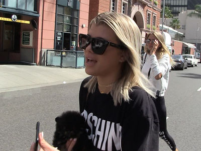 Sofia Richie -- I Like Clinton, But Who The Hell's Darwin??? (VIDEO)