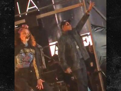 Alicia Keys & Jay Z -- Perform in the Concrete Jungle (VIDEOS)