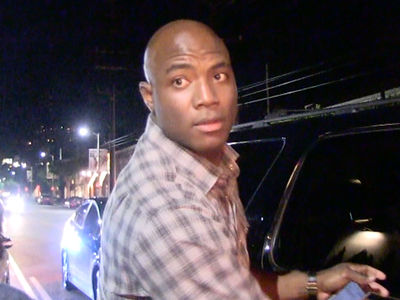 DeMarcus Ware -- House Burglary Caught On Camera ... Cops Investigating