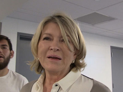 Martha Stewart -- Sexting Is Totally Wholesome!!!  (VIDEO)