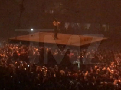 Kanye West -- Cuts Concert Short ... I Got No F'ing Voice (VIDEO)