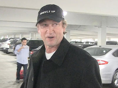 Wayne Gretzky -- Shows Love For Alex Ovechkin ... 'I Hope He Breaks My Goals Record' (VIDEO)