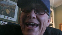Curt Schilling -- Hey Matt Damon ... YOU LOST, GO AWAY!!! (VIDEO)