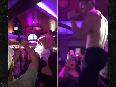 'Bachelorette' Star Luke Pell -- Strips Down For the Dogs (VIDEO)