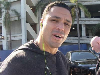 Tony Gonzalez -- Kaepernick Should've Voted ... He Killed His Message (VIDEO)
