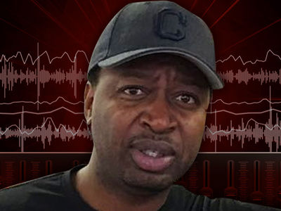 Olive Garden 911 Call -- Ricky Smith Accused of Sexual Innuendo in 'Racist' Incident (AUDIO)