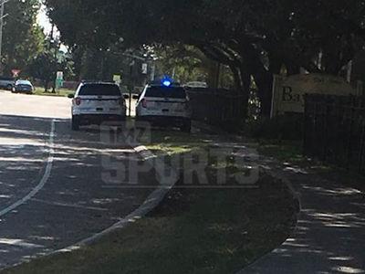 Joe McKnight -- Sheriffs Patrolling Shooter's Home (PHOTO)