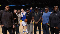 Derek Carr & Latavius Murray -- Treat Raiders Linemen to Epic Warriors Game (PHOTOS)
