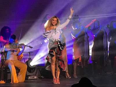 Beyonce Performs at Company Holiday Party (PHOTO + VIDEO)