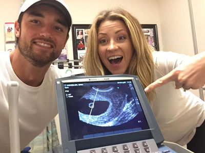 Brock Osweiler's Wife Is Pregnant ... Meet Our Fetus! (PHOTO)