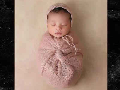 Kobe Bryant's First Pic of Newborn Baby!!! (PHOTO)