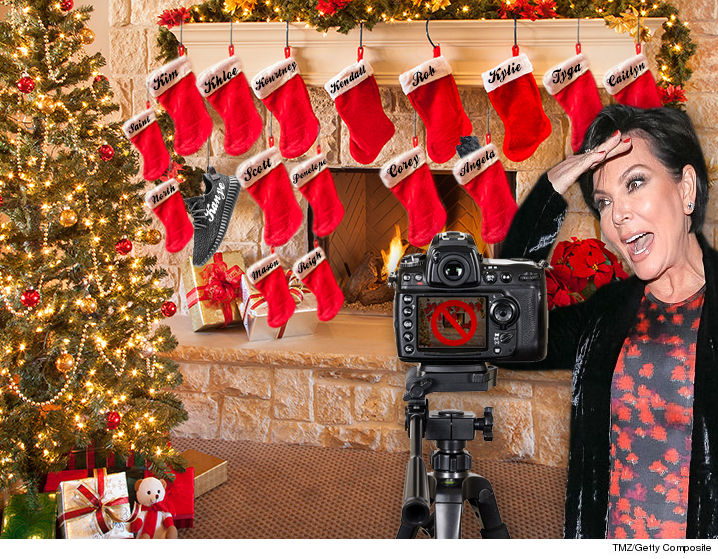 the kardashians have scaled a lot of things back this year and one especially long standing tradition got the ax the kardashian xmas card - Kardashians Christmas Photos