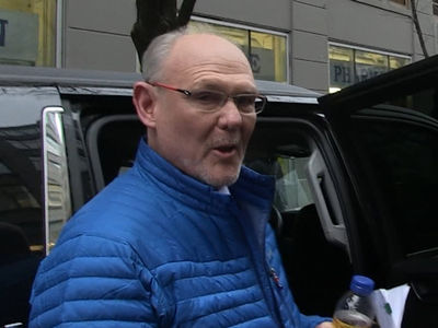 George Karl Admits Book Screwup ... Handled Kenyon & Carmelo the 'Wrong Way' (VIDEO)